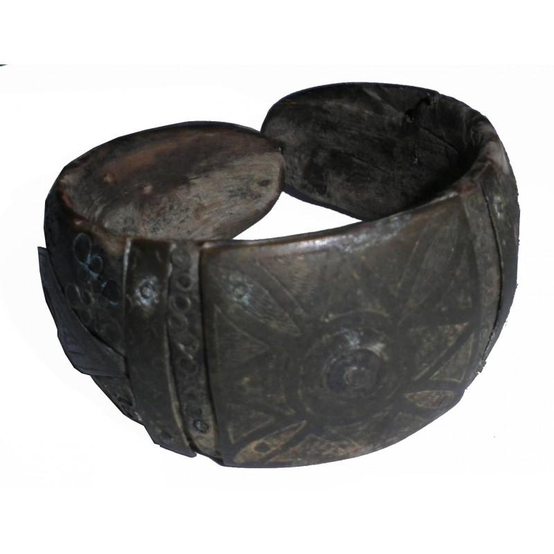 Ancien bracelet Touareg en corne ébène argent et bronze